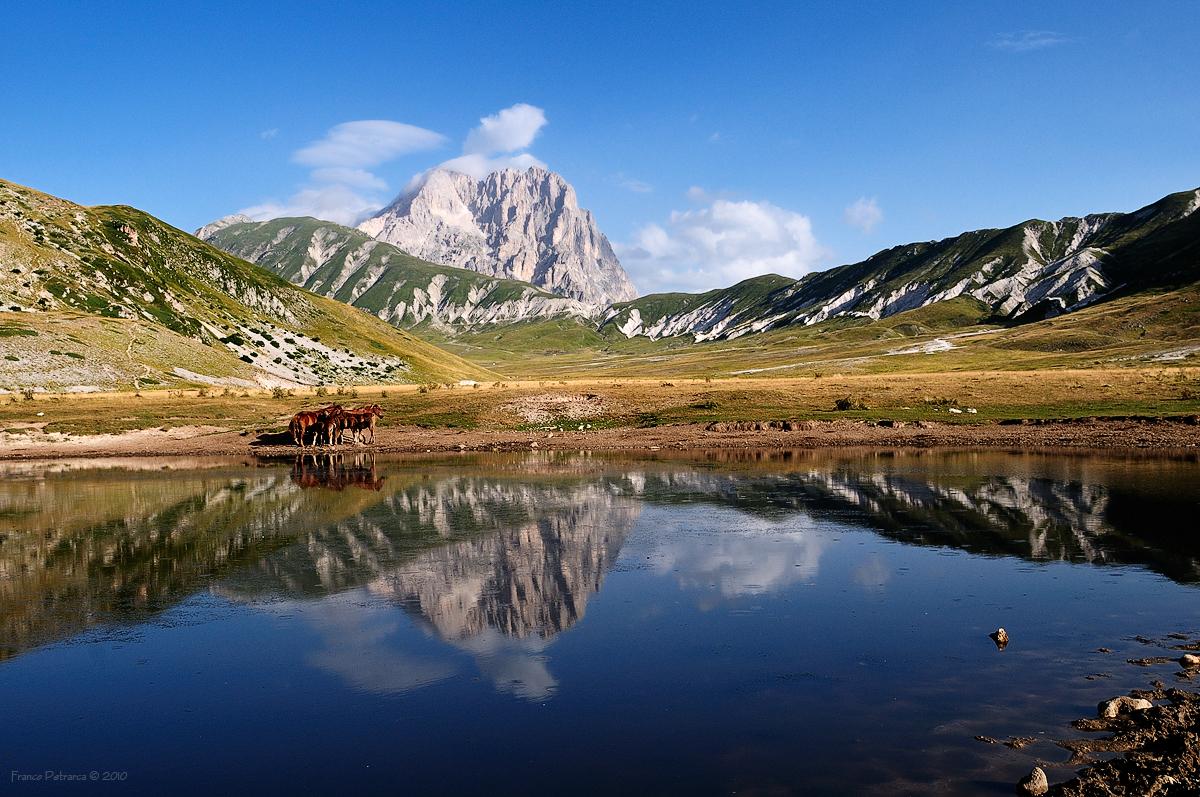 I laghi abruzzesi, bellezze incastonate nel cuore dell\'Appennino