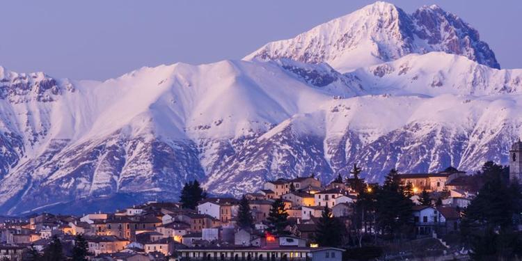 La-cartolina-dell-Abruzzo-pubblicata-da-Forbes-nell-articolo-sui-posti-meno-cari-dove-vivere-nel-mondo