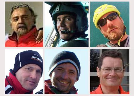 Le vittime dell'elicottero schiantatosi in Abruzzo. Da sinistra, alto: Giuseppe Serpetti, Giammarco Zavoli, Mario Matrella. Sotto da destra: Walter Bucci, Davide De Carolis e Ettore Palanca. ANSA